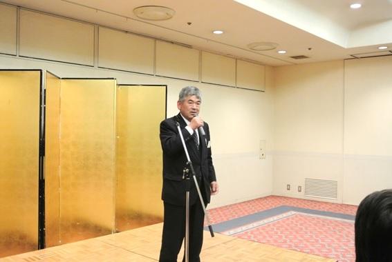 懇親会の挨拶。泉田 関西副ブロック長